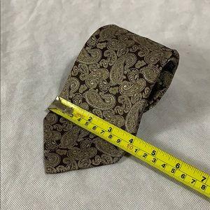 Geoffrey Beene Accessories - Geoffrey Beene Paisley Silk Tie